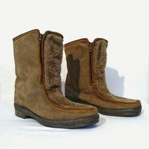 VTG Yodelers Brown Suede Sherpa Ski  Zip Up Boots